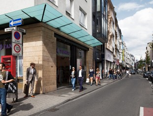 Ehrenstraße